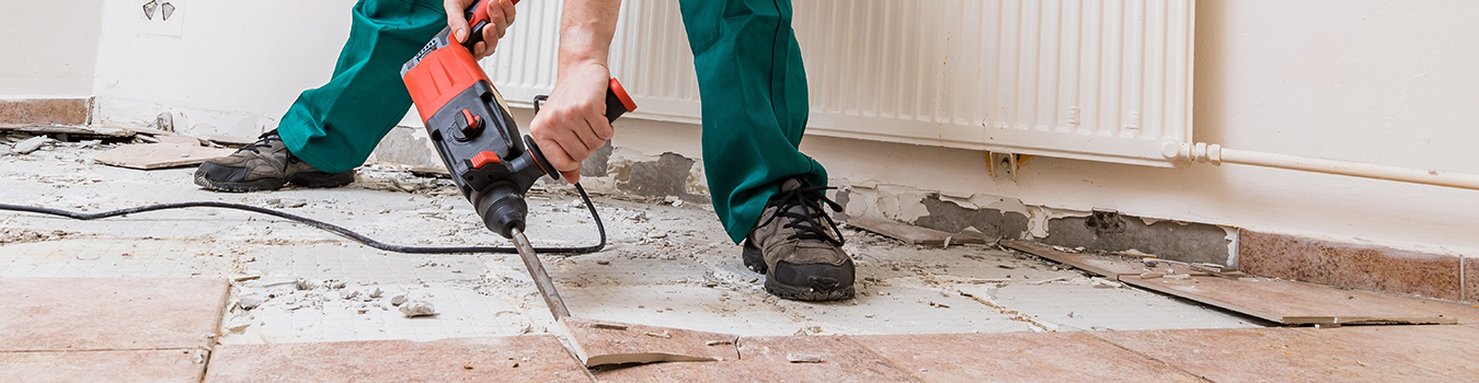 demolition-of-old-tiles-with-jackhammer