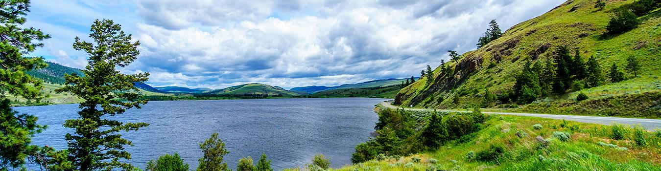 nicola-lake-along-highway-5a-between-kamloops-and-merrit